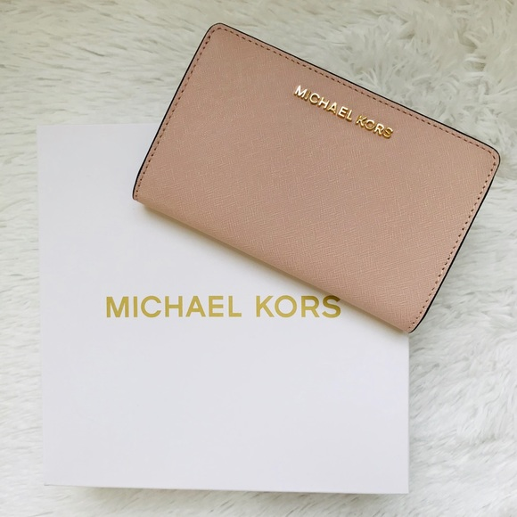 499ea5023e7b MICHAEL Michael Kors Bags | Michael Kors Jet Set Travel Slim Bifold ...